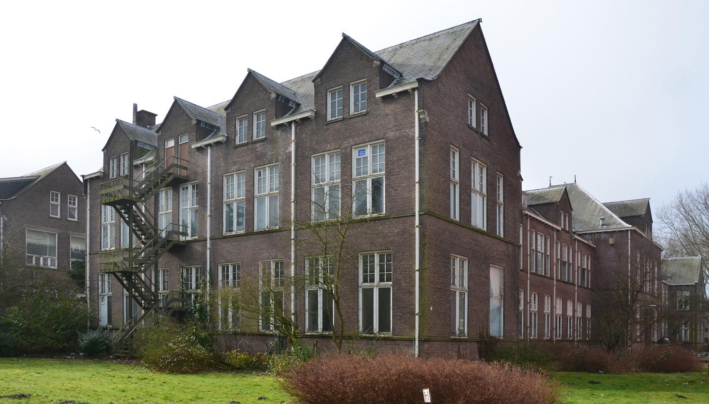 Foto van voormalig pathologielaboratorium Universiteit Leiden dat herbestemd wordt