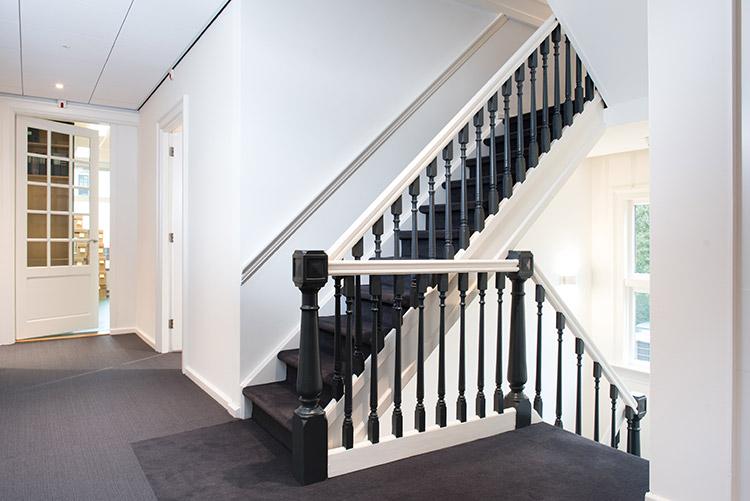 interieur-trap-na-verbouwing-VNA