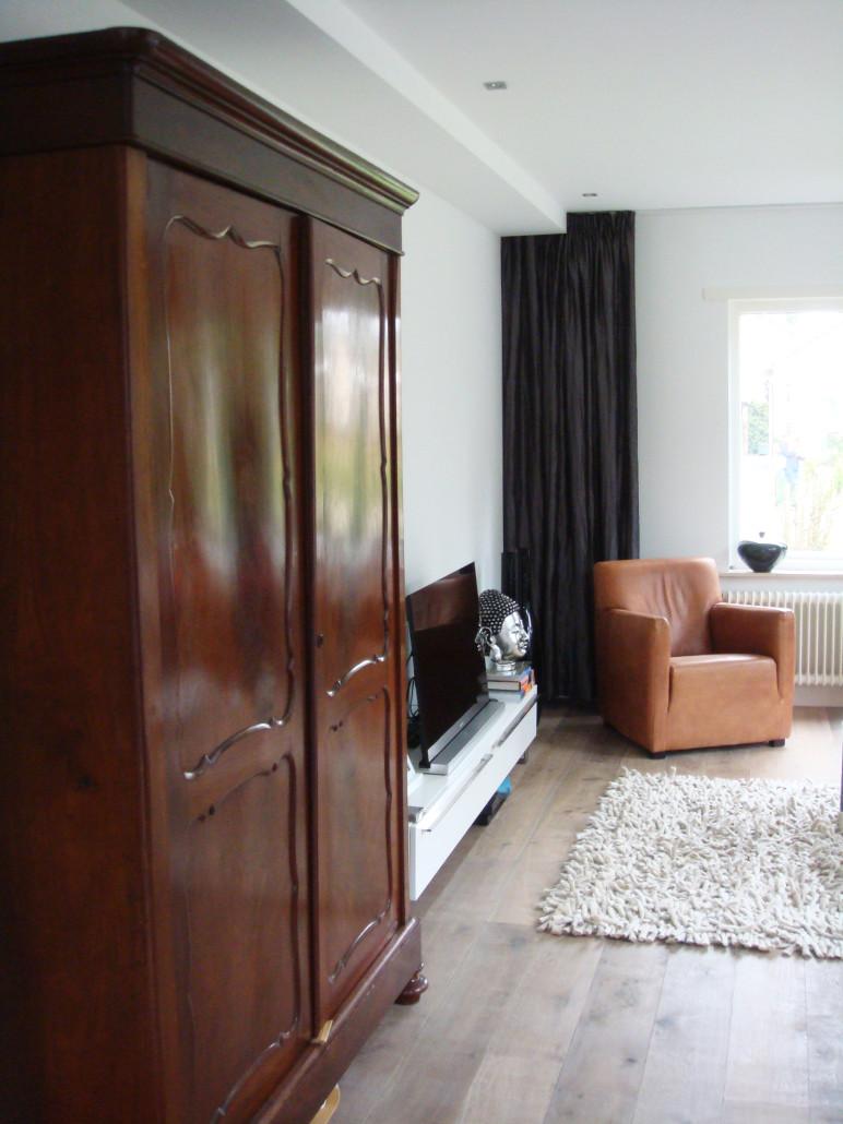Beeld van verbouwde bungalow in Maarn, zoals ontworpen en gerealiseerd door architectenbureau A&R10