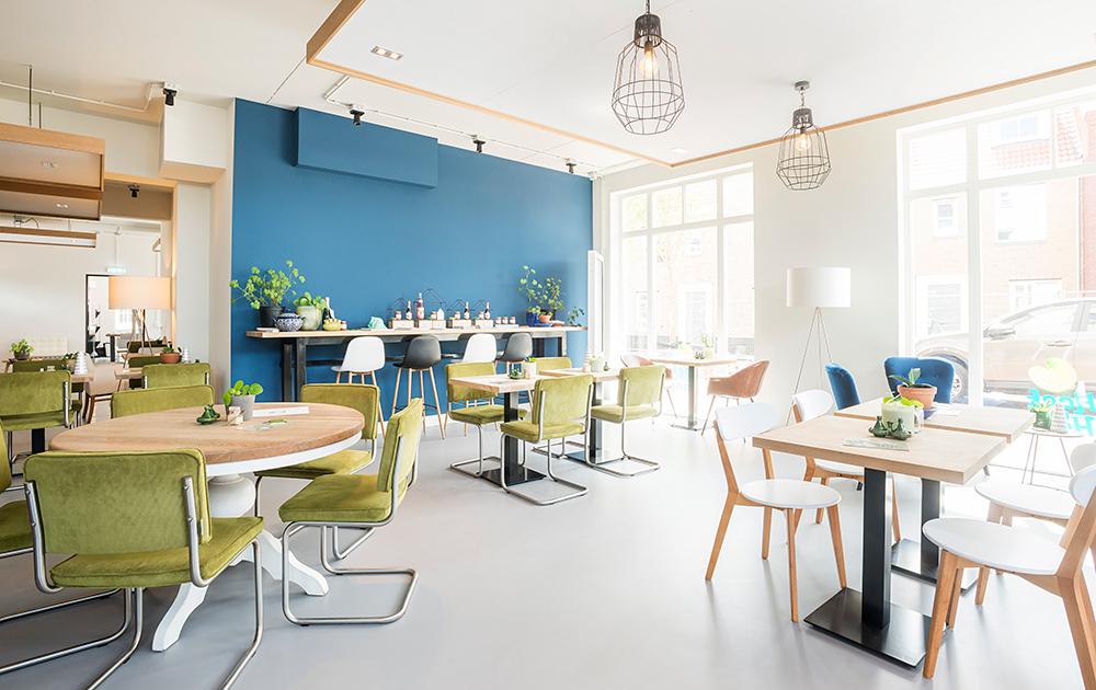 Interieur van het informatiecentrum over nieuwbouwwijk Hoef en Haag, ontwerp van architectenbureau A&R10