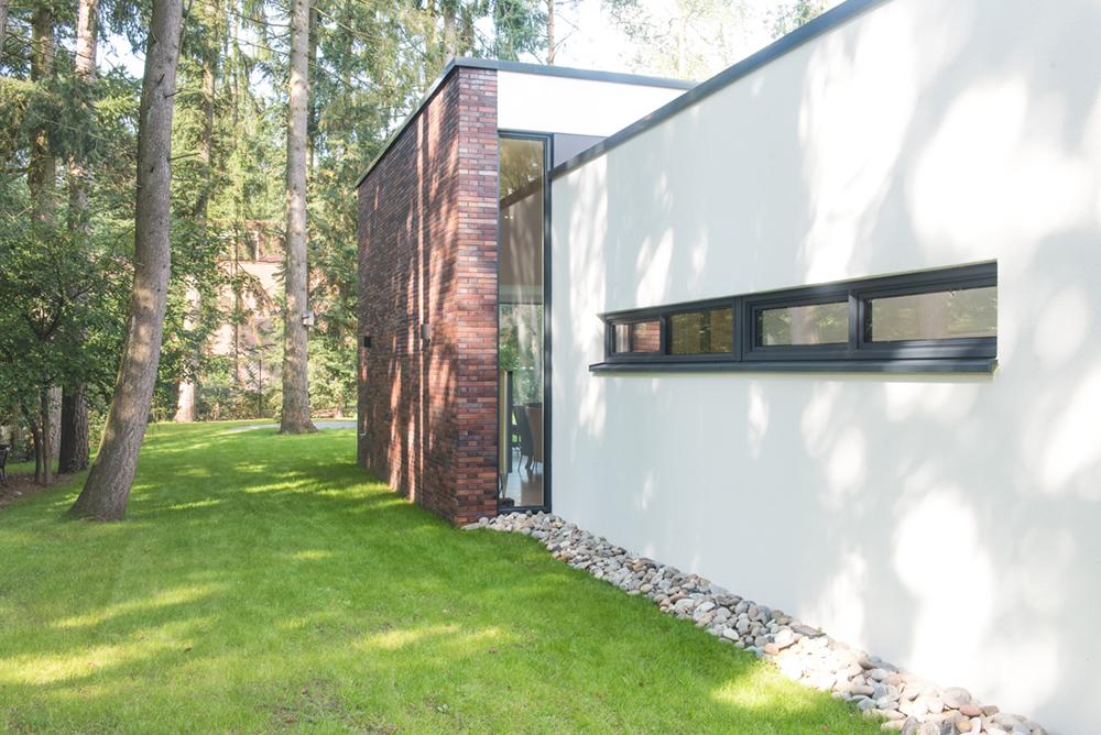 Nieuwbouw ontwerp architect voor moderne vrijstaande levensloopbestendige bosvilla in Maarn